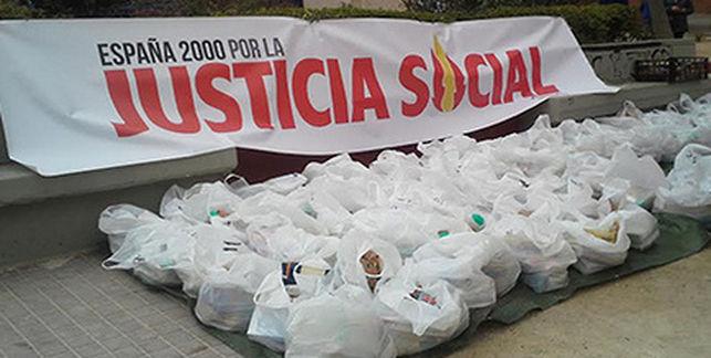 20150703114430-reparto-comida-solo-espanoles-valencia-ediima20140409-0056-13.jpg